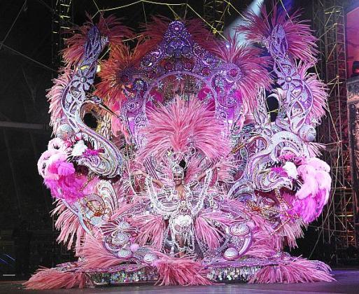 carnival-queen-2009-ana-maria-tavarez